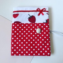 Подвързия за книга Сладко от ягоди с възможност за персонализиран надпис