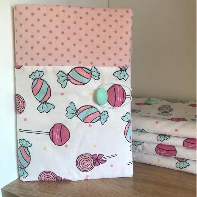Ръчно изработена подвързия за книга Бонбони и розово на точки