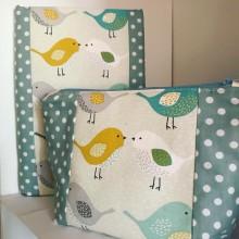 Комплект за подарък подвързия за книга и несесер Пиленца