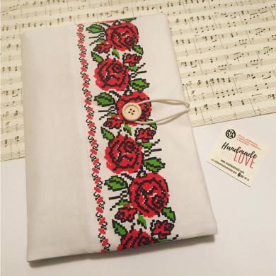 Ръчно изработена дреха за книга Шевица с рози