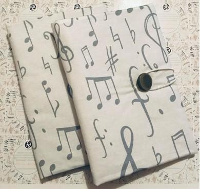 Текстилна подвързия за книга Музика с десен с ноти