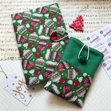 Коледен комплект в зелено с подвързия за книга и калъф за електронен четец Коледна украса