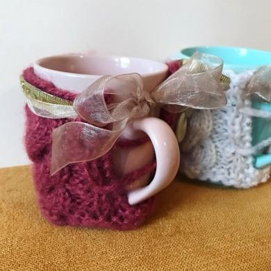 Чаша с плетена дрешка с плетеници в цвят по избор