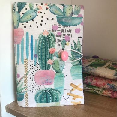 Текстилна подвързия за книга от испански плат с модерен десен на кактуси