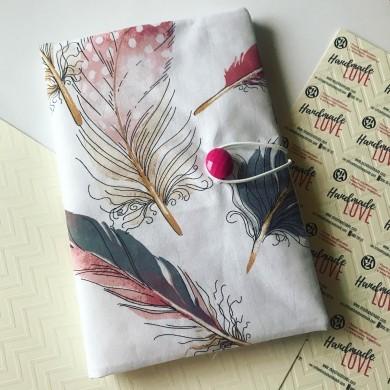 Текстилна подвързия за книга с рисунка на голямо перо