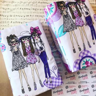 Ръчно изработена дреха за книга Момичета