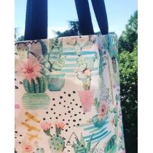Дамска чанта тип торба с десен Кактуси с джоб, дъно и дълги дръжки