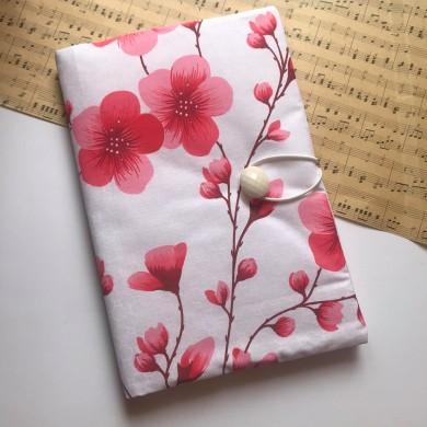 Ръчно изработена подвързия Нежност с пролетни цветя