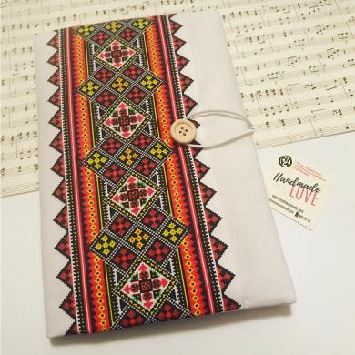 Текстилна подвързия за книга Шевици