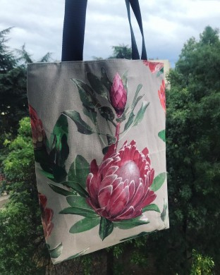 Дамска чанта с цветя с дълги дръжки и вътрешен джоб