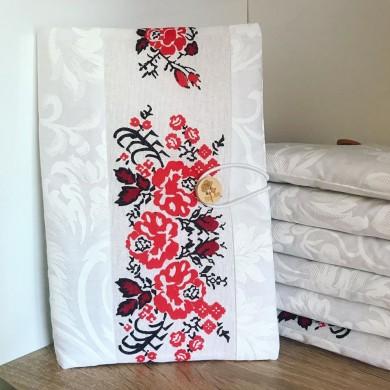 Ръчно изработена текстилна подвързия за книга шевици