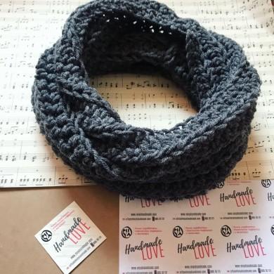 Плетен шал яка в сиво
