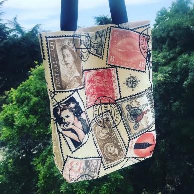 Дамска чанта tote bag с вътрешен джоб и дълги дръжки