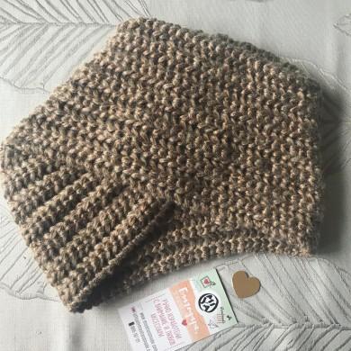 Дамска плетена шапка тюрбан с бронзов ефект