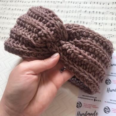 Преплетена зимна плетена лента за глава в бежово